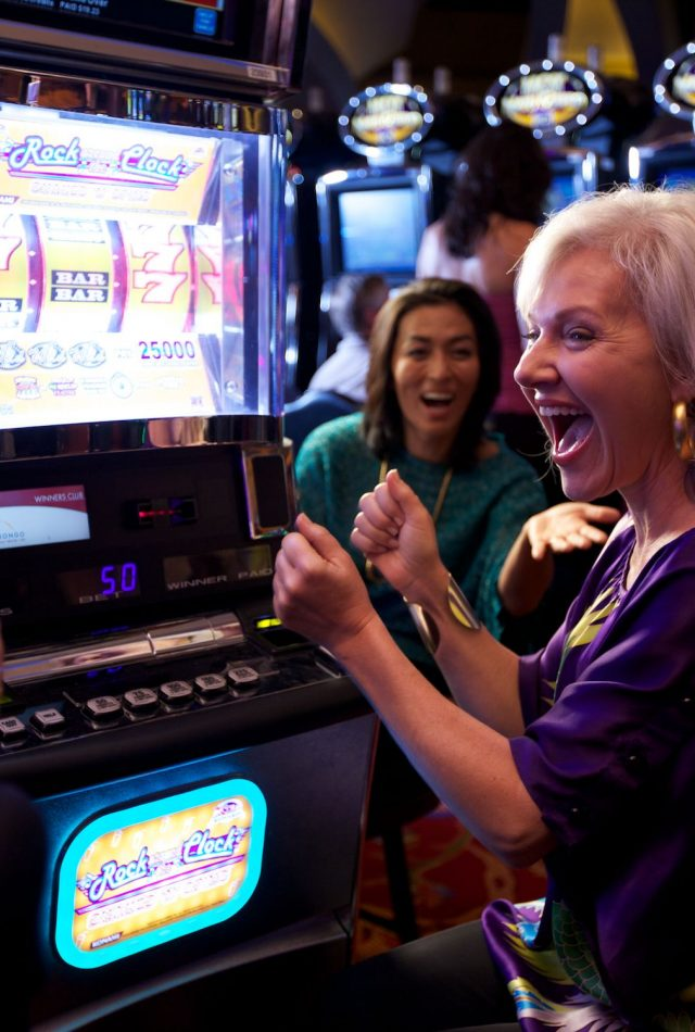 Morongo Hotel Packages | Win big with packages featuring free gaming