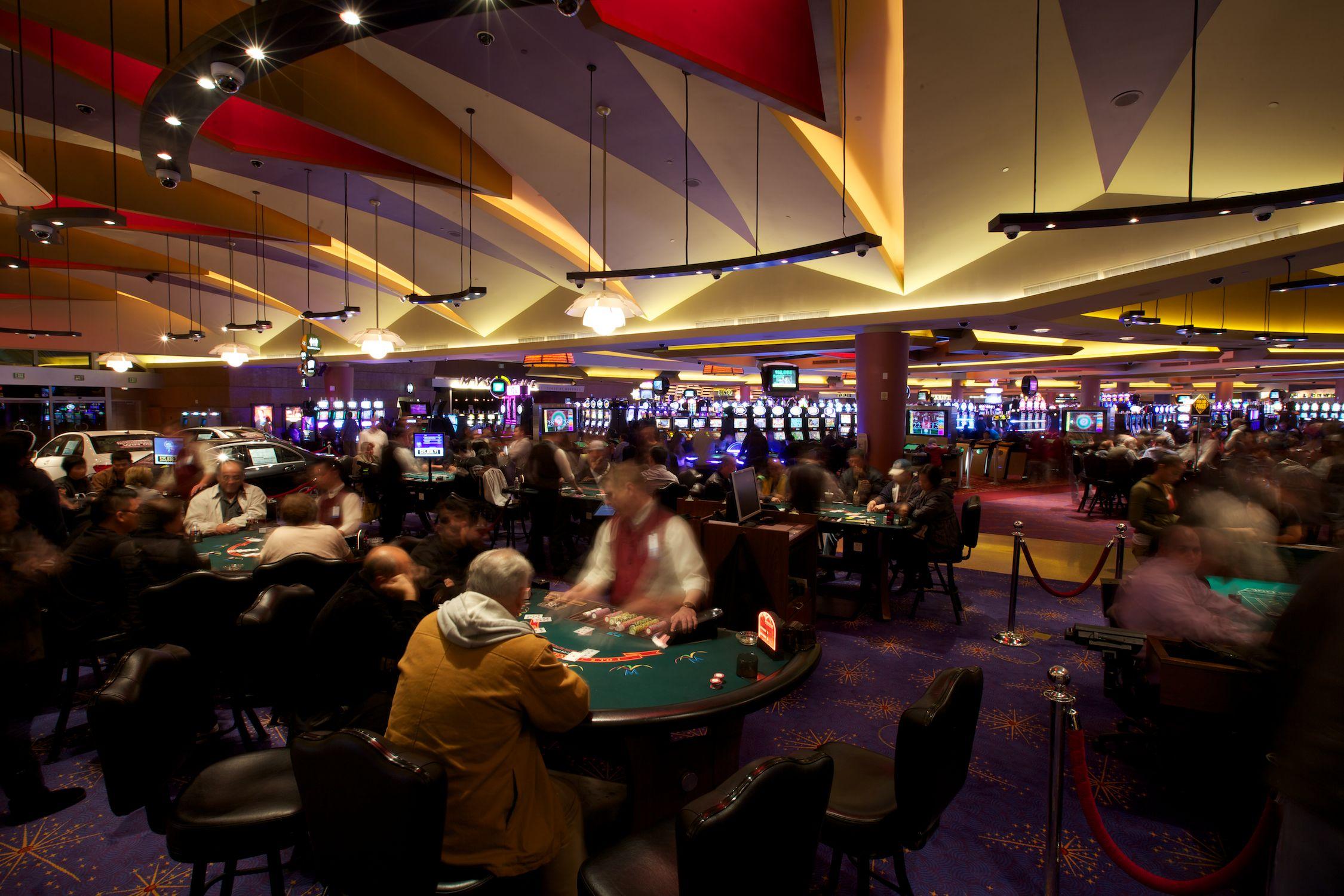 morongo casino age requirement